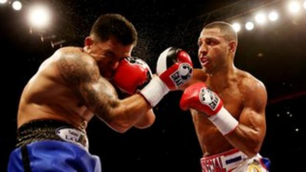 Kell Brook (right) fighting Alvaro Robles (left) in March