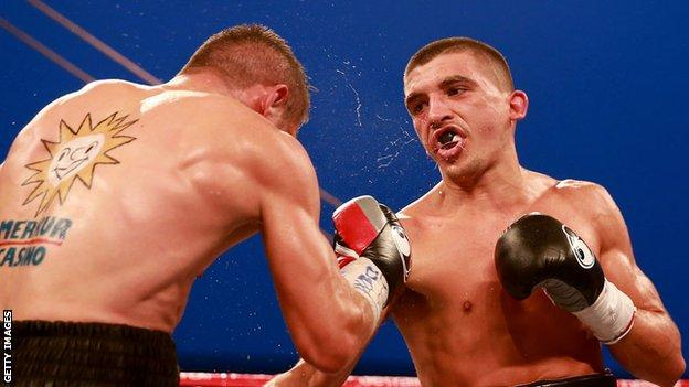 Lee Selby in action