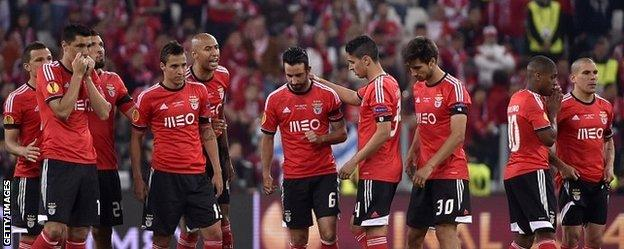 Benfica's players look miserable after defeat