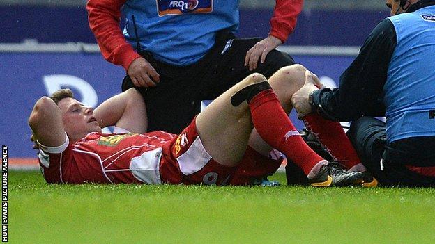Rhys Priestland receives treatment on the field