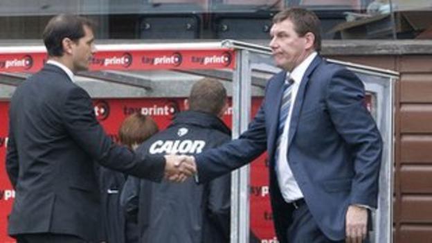 Dundee United manager Jackie McNamara and St Johnstone manager Tommy Wright
