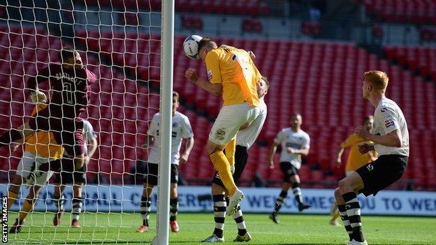 Cambridge United score against Gateshead