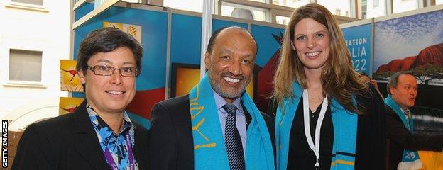 Board Member Moya Dodd, AFC President Mohamed Bin Hammam and Australian Federal Sports Minister Kate Ellis at the Australian FIFA World Cup Bid Exhibition.