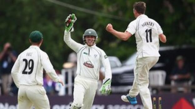 Worcestershire wicketkeeper Ben Cox celebrates the stumping of Jaik Mickleburgh off Jack Shantry