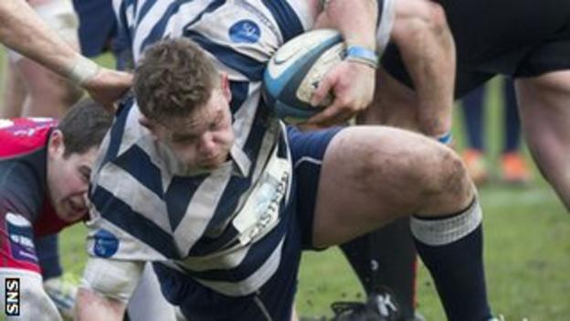 Kevin Bryce in action for Heriot's