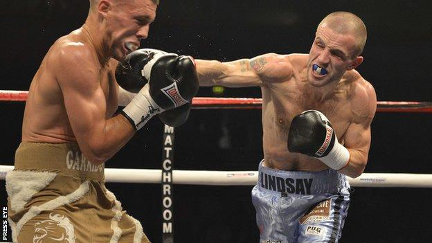 Martin Lindsay loses a British and Commonwealth featherweight title fight