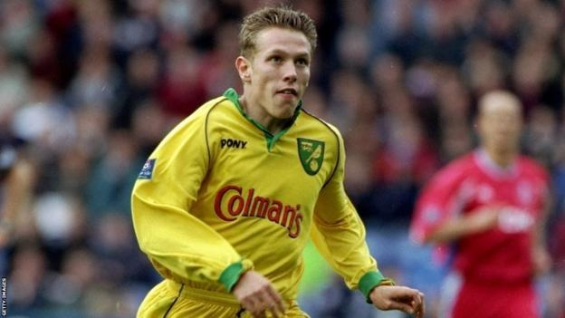 Craig Bellamy playing for Norwich City during 1998-99 season