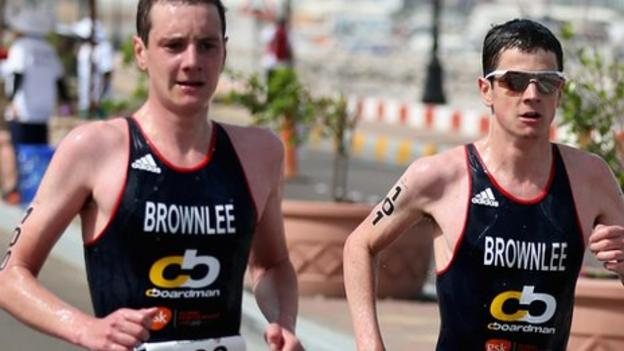 Jonny Brownlee edges out brother Alistair in Stockholm ...