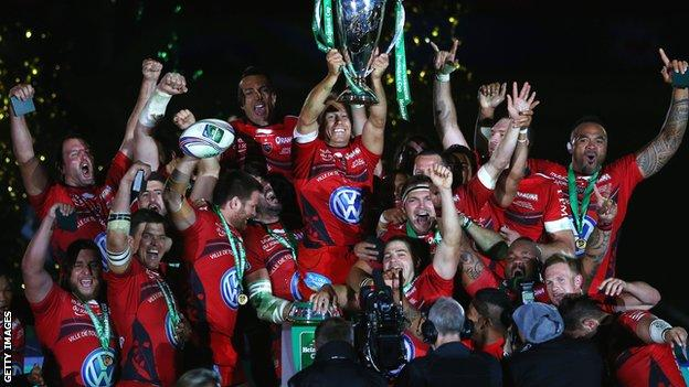 Toulon celebrate with the Heineken Cup