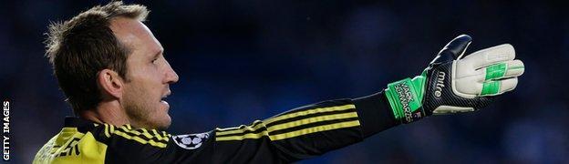Chelsea goalkeeper Mark Schwarzer