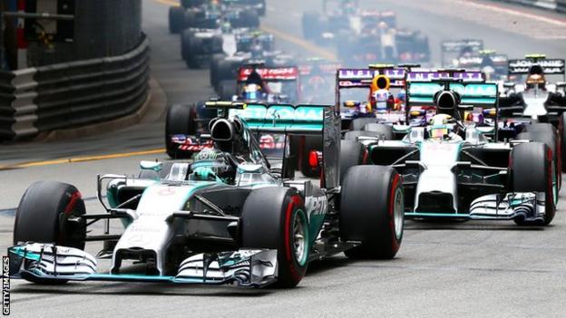Nico Rosberg and Louis Hamilton in actio at the Monaco GP