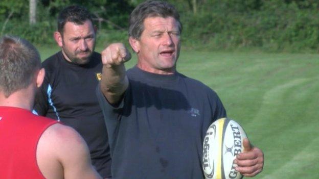 Graham Dawe coaching Cornwall