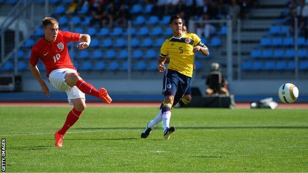 Cauley Woodrow scores for England's Under-20s against Colombia at the Toulon Tournament