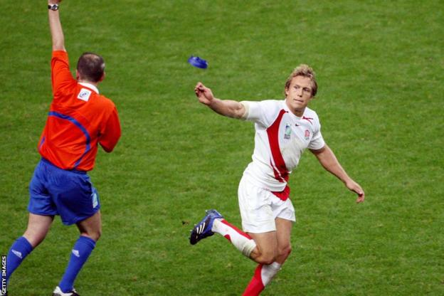 Jonny Wilkinson against France at the 2007 World Cup