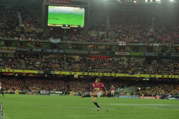 Jonny Wilkinson against Australia in 2001