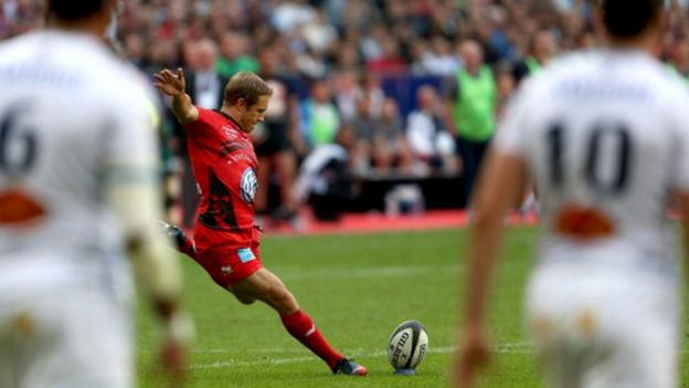 Jonny Wilkinson kicking a penalty in his final game, for Toulon in the Top 14 final against Castres on Saturday 31 May 2014