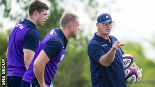 Vern Cotter oversees training in Houston