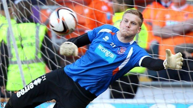 Blackpool keeper Mark Halstead