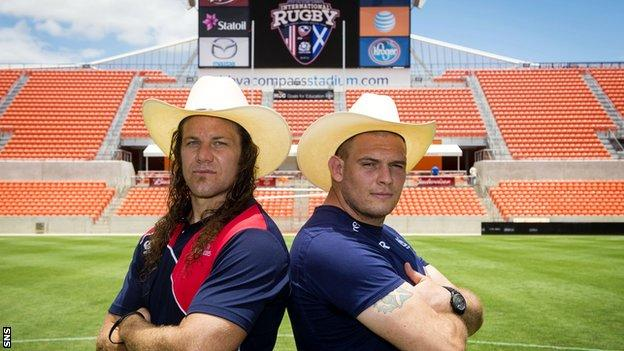 USA flanker Todd Clever and Scotland prop Gordon Reid