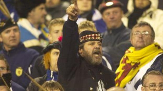 Scotland fan reacts to Berti Vogts