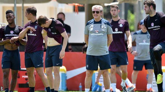 Roy Hodgson and the England team