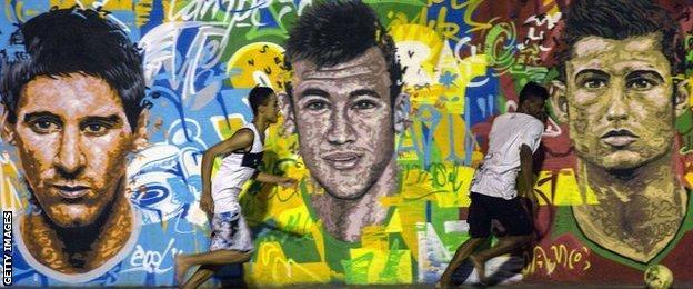 Messi, Neymar and Ronaldo mural in Brazil