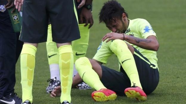 Injury scare for Brazil's Neymar