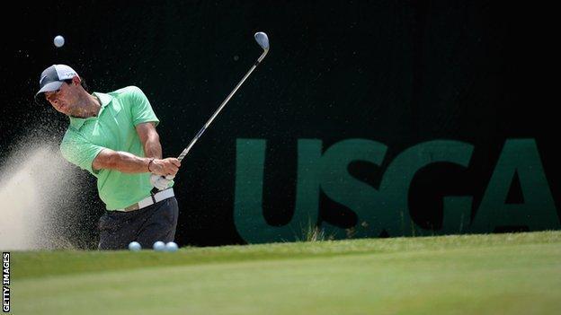 Rory McIlroy practising for the 2014 US Open at Pinehurst