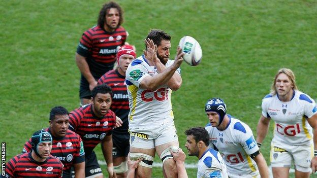 Jamie Cudmore playing for Clermont Auvergne