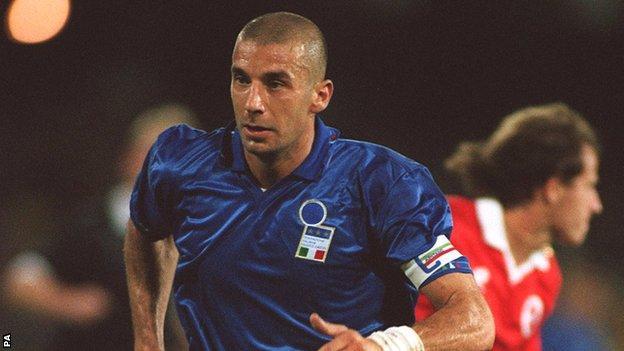 Gianluca Vialli in action for Italy in 1992