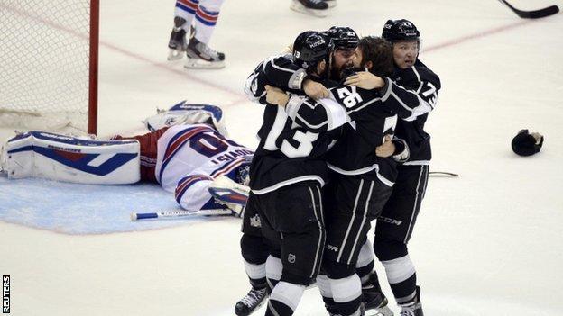 Los Angeles Kings celebrate their victory