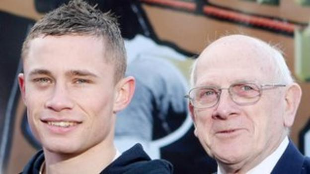 Carl Frampton pictured with amateur coach Billy McKee