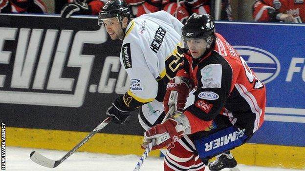 Cardiff Devils' Mark Smith and Nottingham Panthers' Jay Henderson