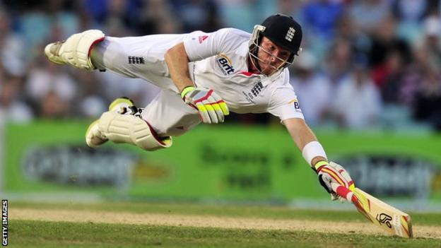 England's Ian Bell dives to make his ground during the fifth day of the fifth Ashes Test match between England and Australia at The Oval in August 2013