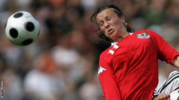 Natasha Harding in action for Wales