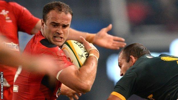Jamie Roberts was sin-binned in Durban