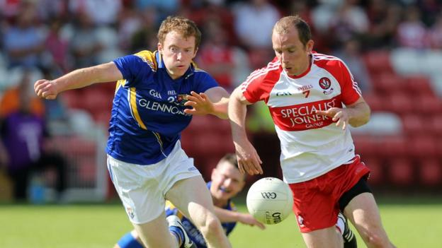 Barry O'Farrell and Sean Leo McGoldrick in action as Longford overcome Derry by 2-16 to 2-14
