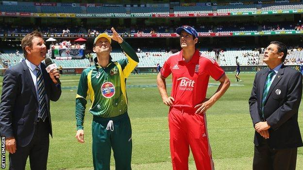 Australia skipper Michael Clarke and England captain Alastair Cook