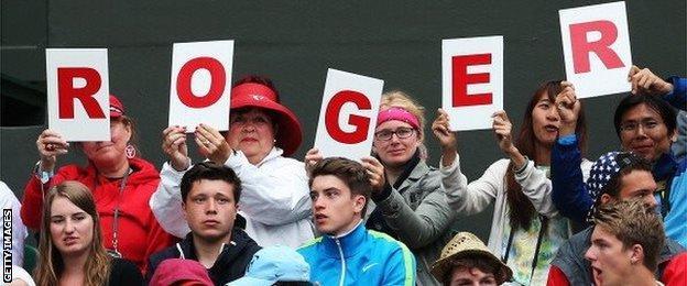 Roger Federer supporters