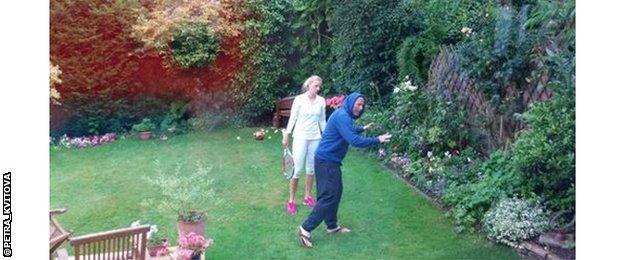 Petra Kvitova practices in the garden