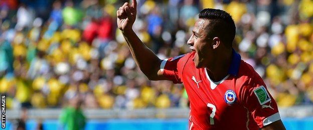 Alexis Sanchez celebrates his goal for Chile
