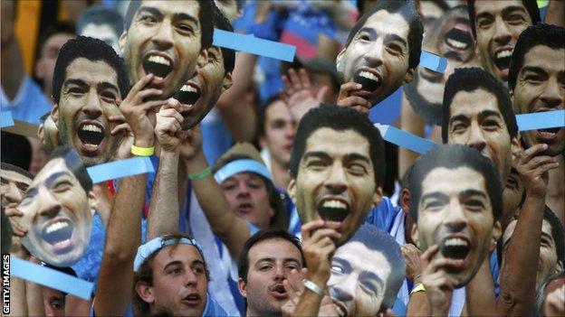Fans show support for Luis Suarez