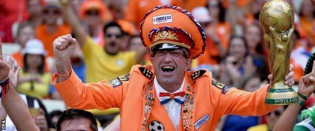 Netherlands fan