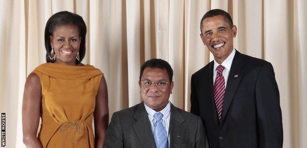 from left: Michelle Obama, Marcus Stephen & Barack Obama