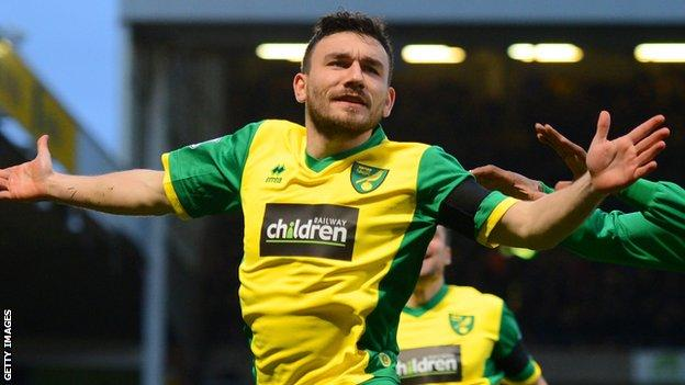 Robert Snodgrass celebrates scoring for Norwich City
