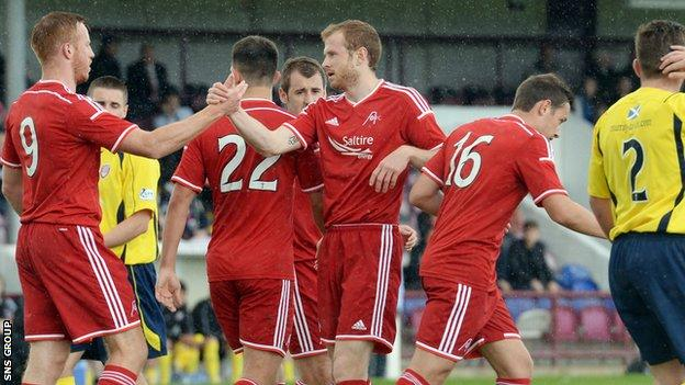 Aberdeen warmed up with a 7-0 friendly win at Arbroath at the weekend
