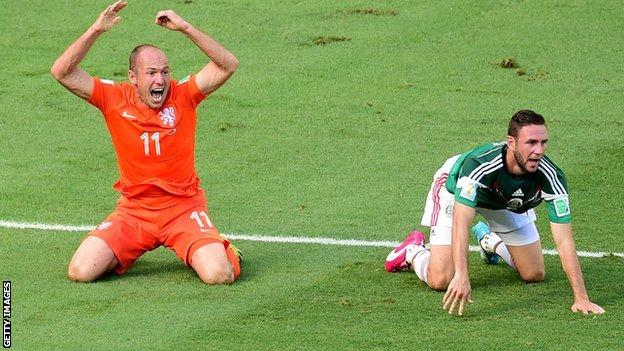 Netherlands winger Arjen Robben in action against Mexico