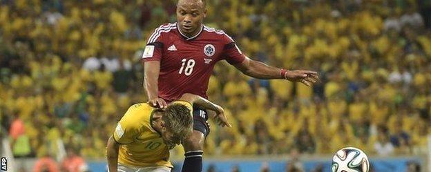 Zuniga tackles Neymar