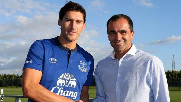 Gareth Barry and Roberto Martinez