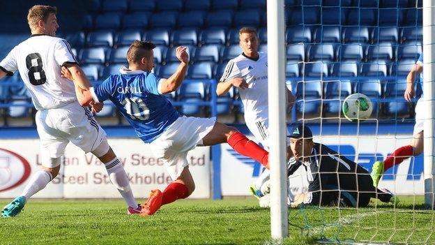 Michael Carvill scores Linfield's goal against B36 Torshavn